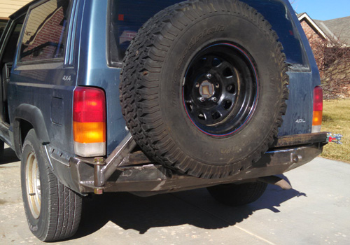 84 01 Jeep Cherokee Xj Rear Bumper With Tire Carrier